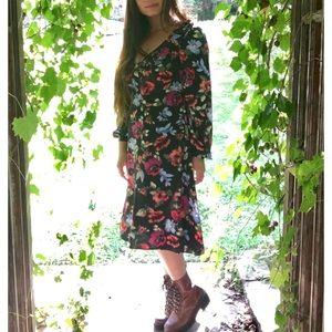 NEW! Lulu's | Floral Long Sleeve Midi Dress ✨🌺✨